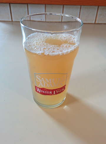 Devon White Ale in glass